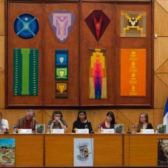 Presentación Informe de Yasunidos en la UASB, 12 de enero de 2015
